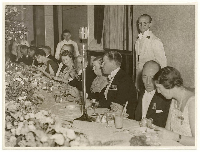 State dinner with John and Peggy Wakehurst and Sir Ernest Fisk, Hotel Australia, Sydney, ca. 1938 / photographer Sam Hood.  Find more detailed information about this photographic collection: http://acms.sl.nsw.gov.au/item/itemDetailPaged.aspx?itemID=153574  From the collection of the State Library of New South Wales : www.sl.nsw.gov.au/