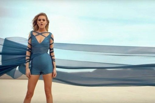 Find Movie References in Kelsea Ballerini's Peter Pan Video