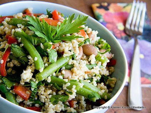Kleiner Kuriositätenladen: Bulgur-Bohnen-Salat