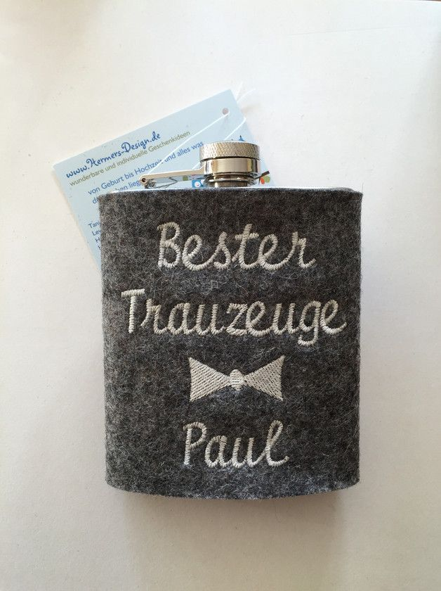 Witziges Geschenk für den Trauzeuge: Flachmann mit individualisierbarer Hülle / wedding gift idea for the best man: hip flask with individual name made by Hermers-Design via DaWanda.com