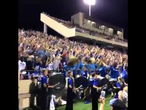 Top Vine Videos: EPIC HIGH SCHOOL FOOTBALL CROWD!