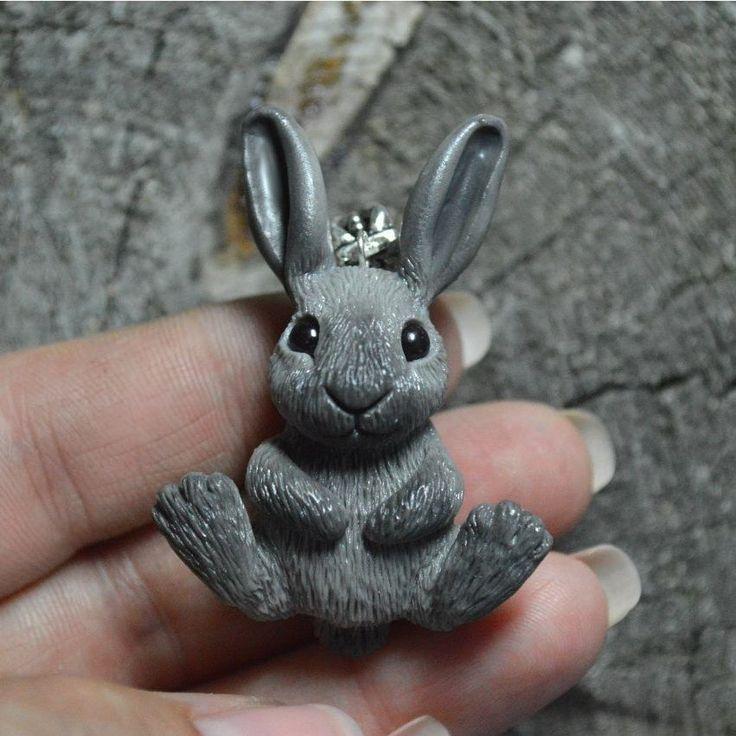 "290 Likes, 9 Comments - Анна Примак (Snorky's) (@snorky_anna) on Instagram: ""#snorky #polymerclay #handmade #banny#rabbit #заяц#зайчик#кролик#кулон#полимернаяглина #ручнаяработа"""