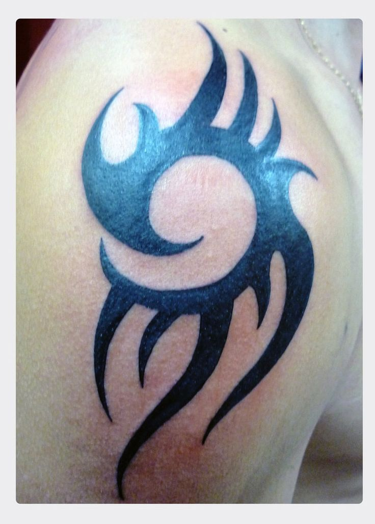Tribal Shoulder Tattoo Pictures to pin on Pinterest