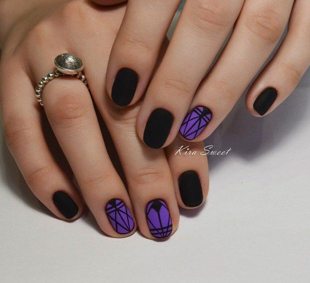 Beautiful patterns on nails, Evening dress nails, Geometric nails, Matte black nails, Matte nails, Nail designs, Nailswith black pattern, ring finger nails