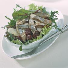Lunchsalade met haring en bietjes
