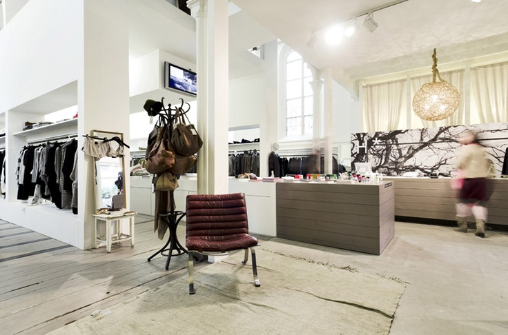 Humanoid, a fashion shop and concept store in Arnhem (weverstraat 14) http://www.humanoid.nl/