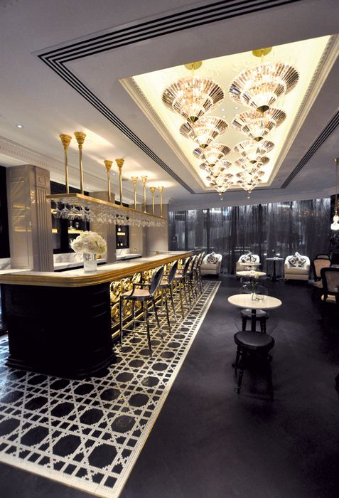 17 best ideas about wine bar restaurant on pinterest for Commercial wine bar design ideas