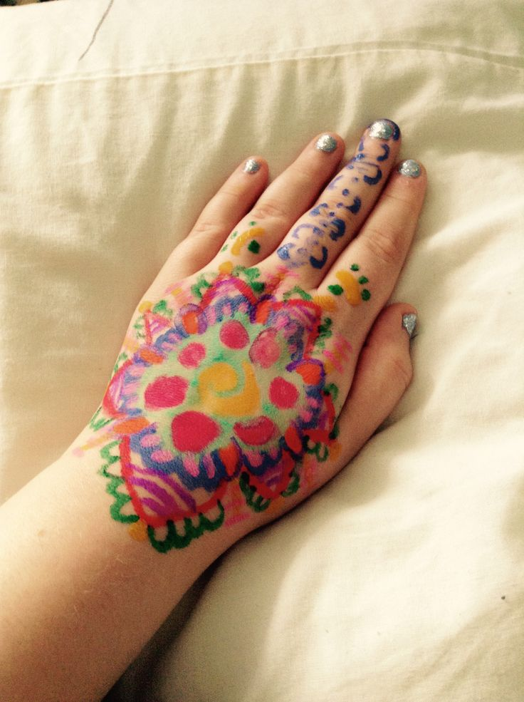 Diy henna - just soak soft pencils in room temperature water and get drawing !