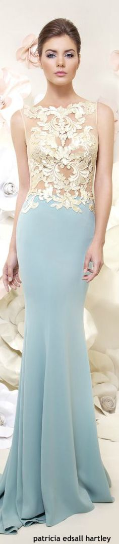 This would make the perfect prom dress!