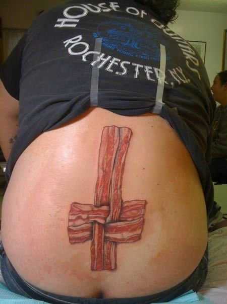 Bacon tattoos are becoming increasingly popular. But this??? IDK  Could have lived the rest of my life without seeing it.