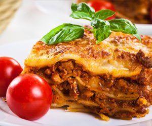 Her er en opskrift på Lasagne der vil få dig til at ønske du havde mere. Glæd din familie, venner eller gæster med denne fantastiske og smagfulde lasagne
