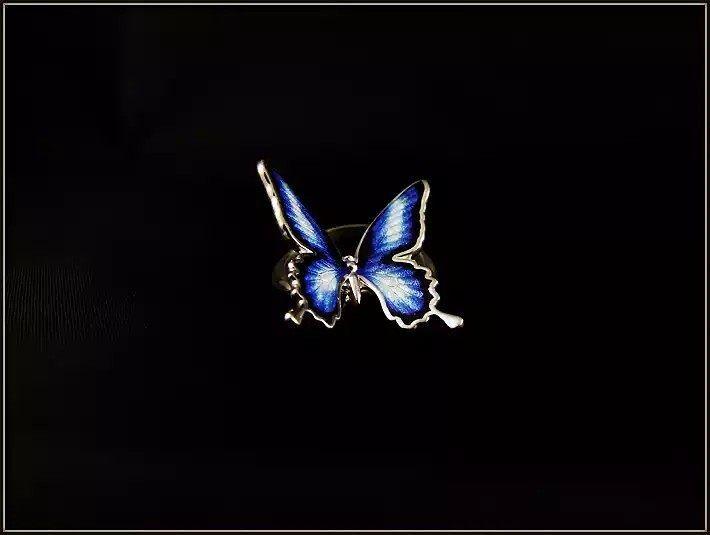 "jewerly_gallery_galani Кольцо ""Бабочка""  #galanijewerly  #galani   кольцо бабочка с эмалью, и подвижный (на шарнире)   #Enamel  #Ringmovable  #Butterflyring  #Vividbutterfly  #Giftgirl"
