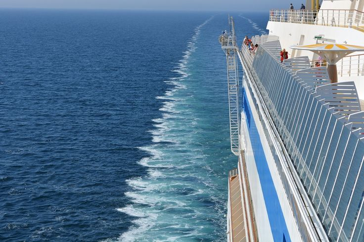 Cruise Shipowners Table Urgent Issues Ahead of Next Tourism Season