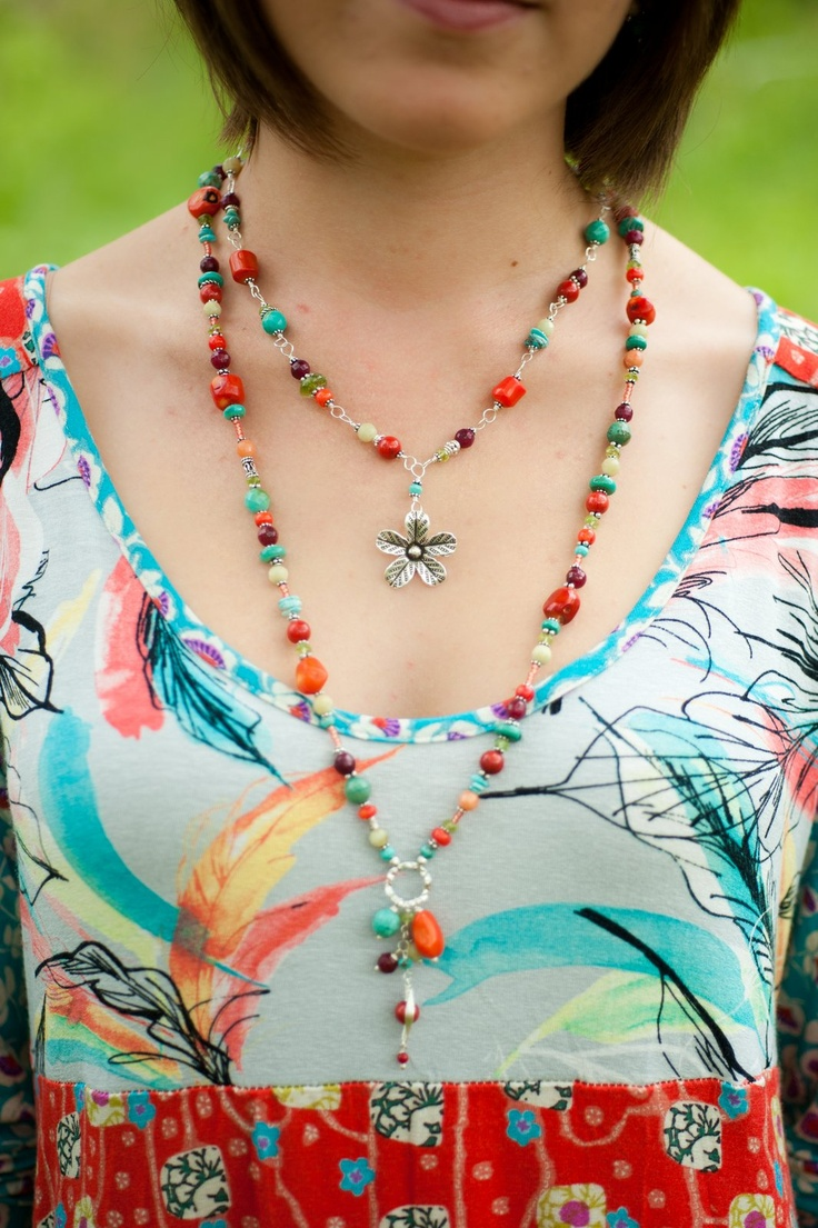Layer colorful necklaces with your favorite summer frock..  #annevaughandesigns #unclefrank www.facebook.com/annevaughandesigns: Annevaughandesign Unclefrank, Summer Frock, Summer Style, Greatest Gifts, Handamd Jewels Necklec, Layered Colors, Favorite Summer, Colors Necklaces, Sassy Summer