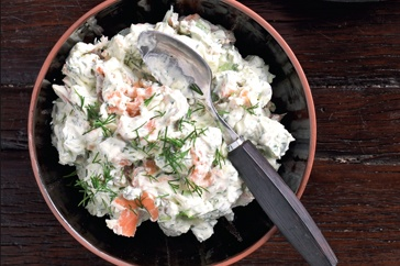 Here's a smoky salmon cream cheese dip will wow the guests at your next party.