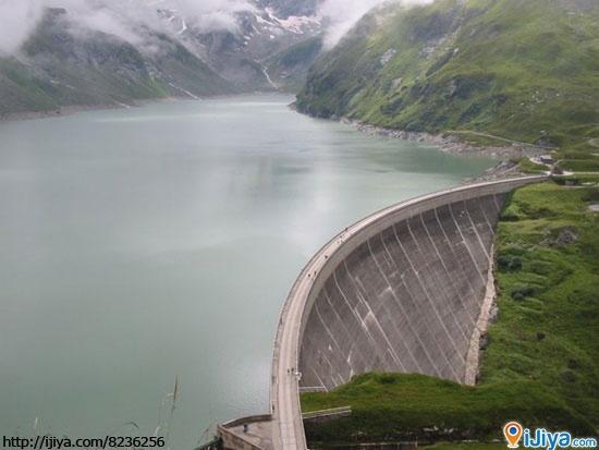 Mooserboden Dam - Kaprun, Salzburg, Austria @ http://ijiya.com/8236256