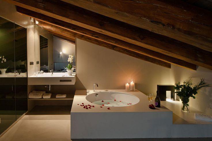 Caro Hotel in Valencia by Francesc Rifé Studio | http://www.designrulz.com/design/2015/09/caro-hotel-in-valencia-by-francesc-rife-studio/