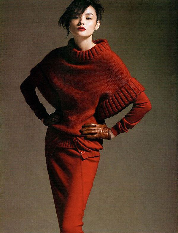 Knit inspiration: a sexy sweater with great proportions.