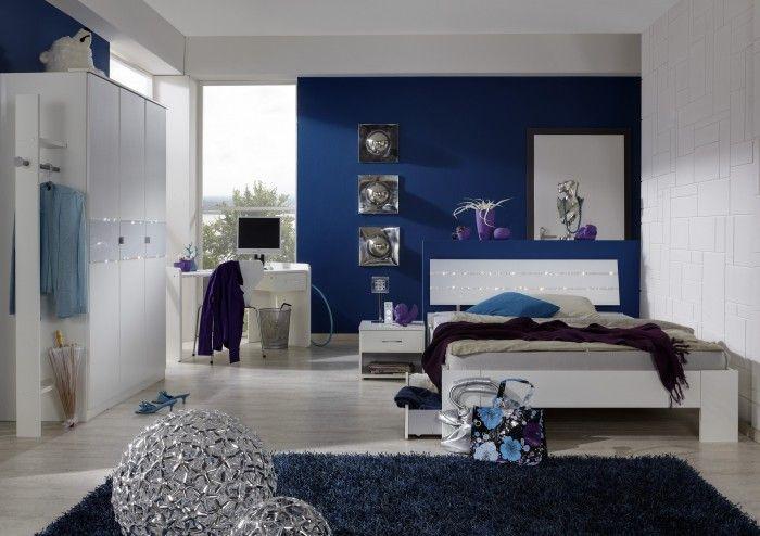 Jednoduchá elegance s nádechem extravagance - to vystihuje nábytek z dětského programu NIghtlight . Klasické bílé plochy jsou doplněny...