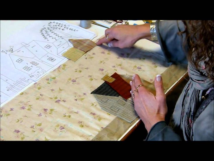 Bloc 2 video 1/2 Mystery Quilt Yoko Saito by QUILTMANIA Editions http://www.quiltmania.com/english/home.html