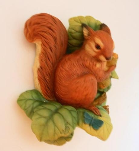 Vintage 1966 Bossons Red Squirrel Chalkware Wall Sculpture