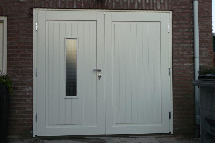 """Geweldige garagedeuren www.houten-garagedeur.nl, bijv. model """"Buurse"""""""