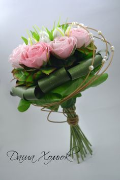 Спиральный букет из роз