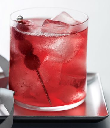 Cranberry Cameo   1 1/2 oz Grey Goose La Poire  1 1/2 oz Club Soda  1 1/2 oz Cranberry Juice  In a chilled rocks glass filled with ice, add GREY GOOSE.La Poire Flavored Vodka and cranberry juice.Top with club soda and present with cranberries on a cocktail pick or a lime wedge.