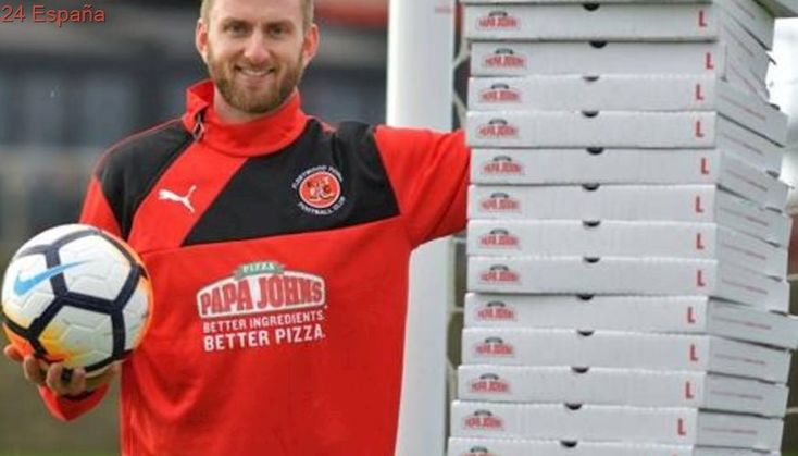 Fleetwood Town, empate histórico y un año de pizza gratis para su portero