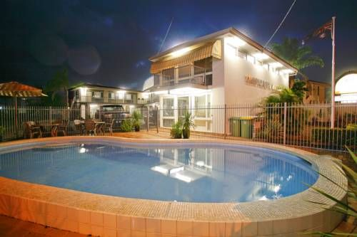 Just a 3-minute walk from the beach, Tropicana Motel is a great option when looking for comfort and nightlife! Find the best #getaway #hotels in #Australia!