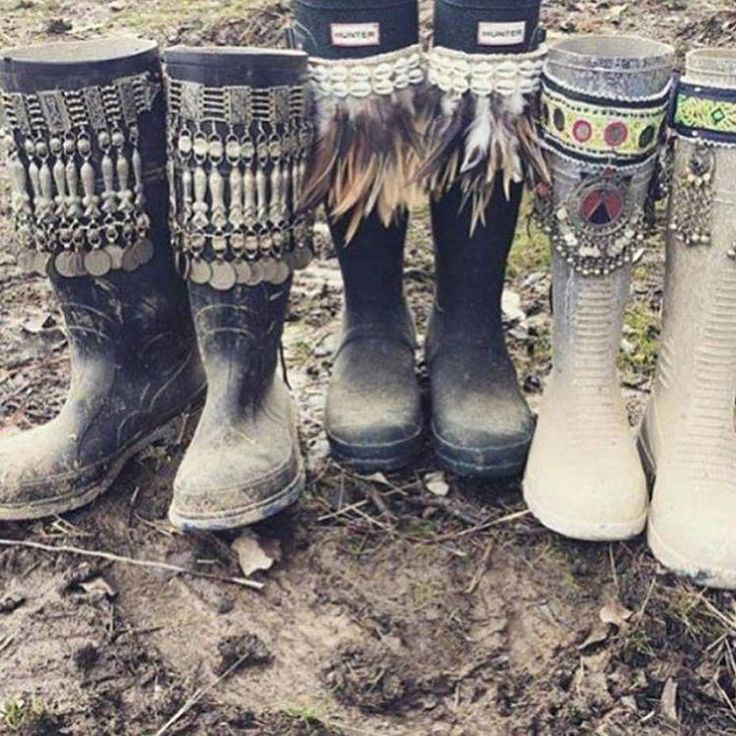 Gypsy Festival rain boots DIY