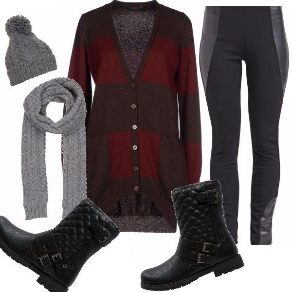 Questo strano autunno concede giornate miti, e allora invece del giubbotto usciamo con un caldo cardigan, comodo e stiloso, lungo e avvolgente con dei leggings rock e i biker boots, comode e perfette!