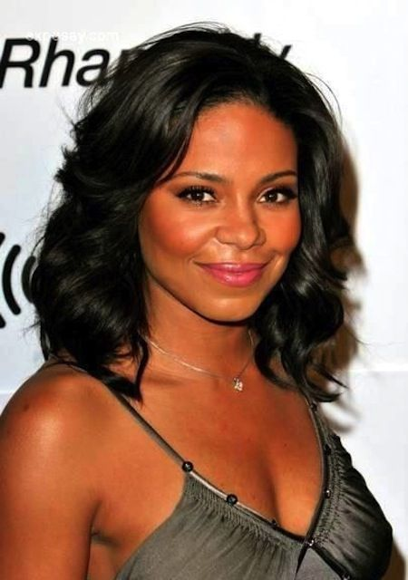 17 best Black women shoulder length hair images on Pinterest ...