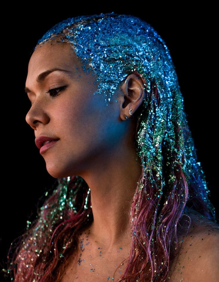 Painted glitter hair