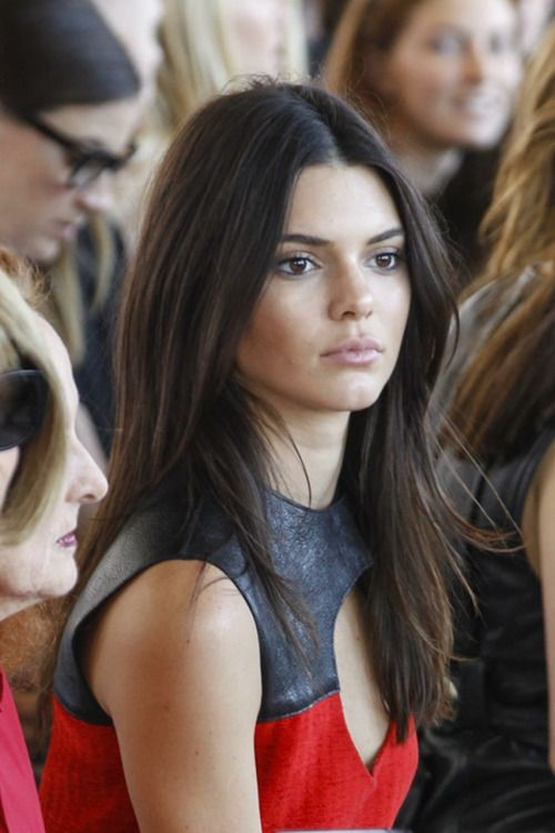 66b2cce8e1 Kendall and Kylie