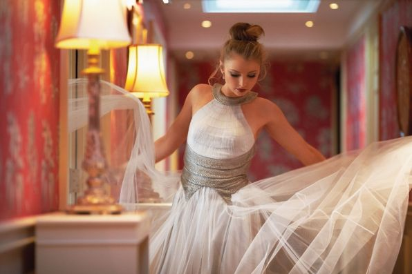 Elisabeth Harnois looks beautiful in tulle. Morgan Brody should rock this on CSI.
