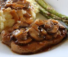 Slow Cooker Pork Chops with Mushroom Gravy Recipe