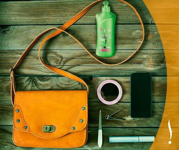 En tu cartera no puede faltar la Crema para Peinar #SedalCrecimientoSaludable porque su tecnología de Microcápsula ayuda a crear el look ideal  <3  Descubre el secreto aquí: http://on.fb.me/1d3pYw6   Si estás en tu celular: https://apps.facebook.com/1439905239574096/