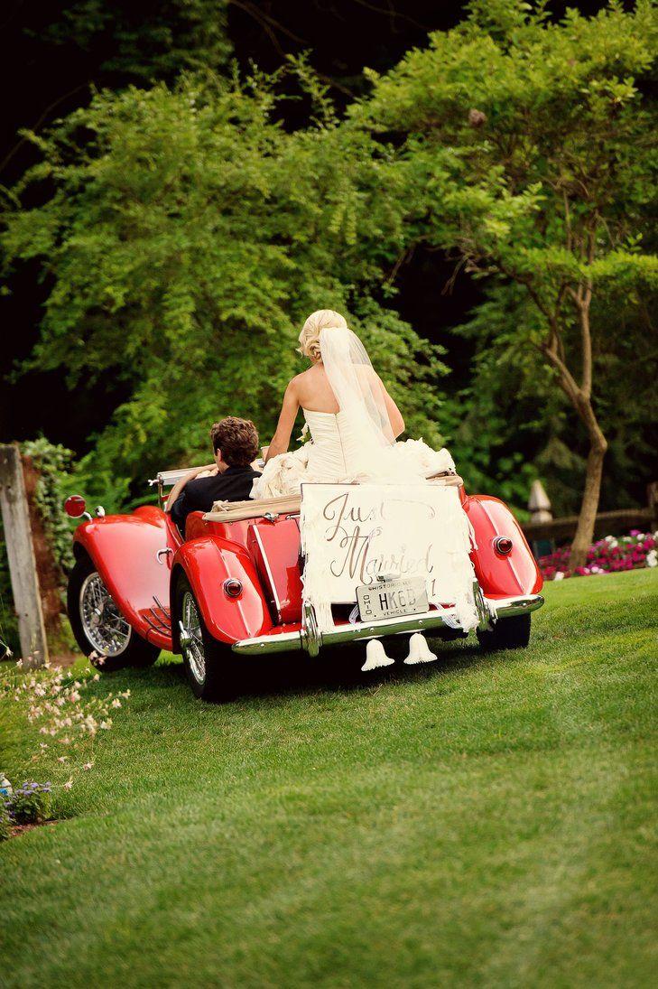 Vintage Getaway Car Kirkbrides Wedding Planning Design Https Www Theknot