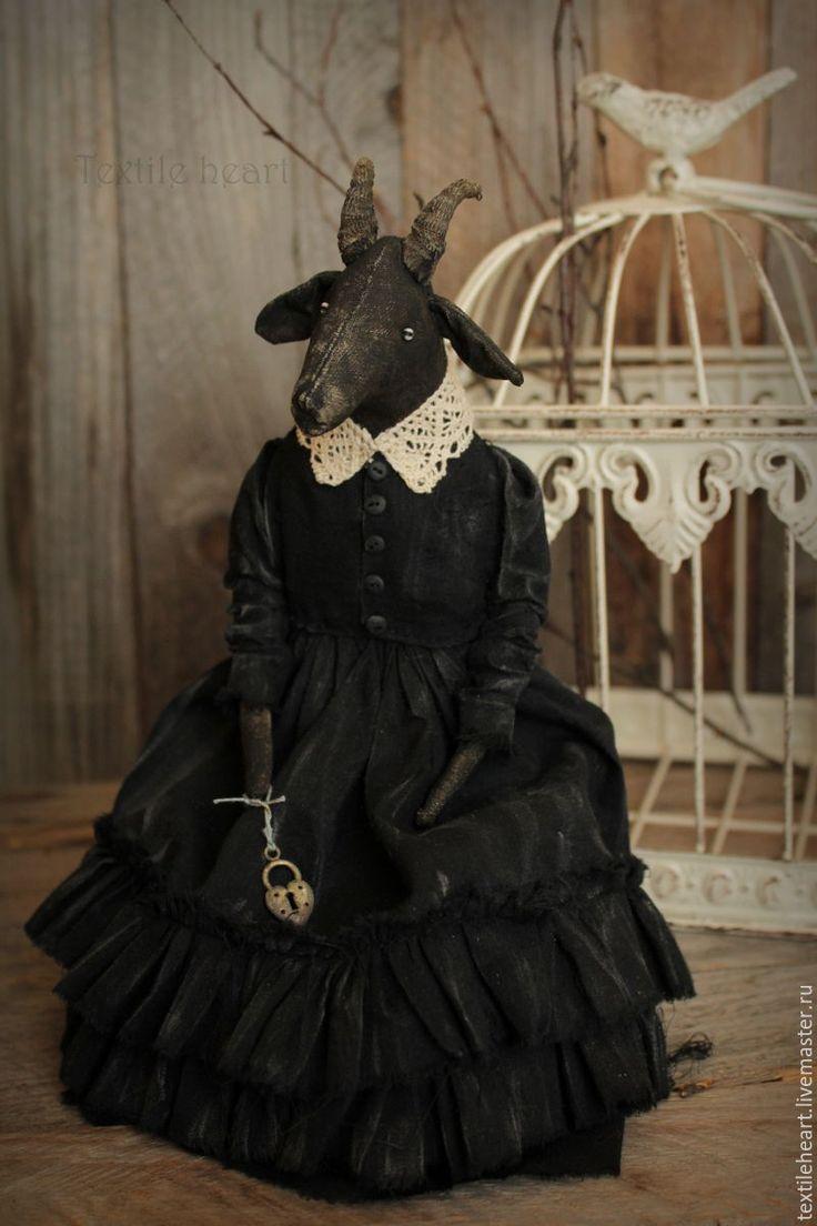 Купить Рута - чёрно-белый, коза, козочка, чердачная кукла, чердачные игрушки, страшные куклы