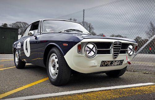 Till Bechtolsheimer's 1964 Alfa Romeo Giulia Sprint GT No.4 - 2011 Masters Historic Festival at Oulton Park
