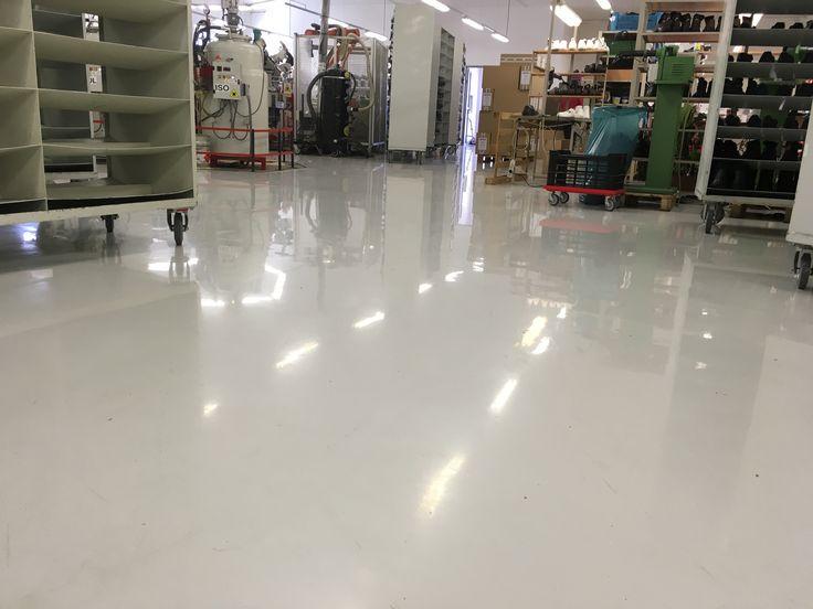 Epoxidové podlahy sú vhodné do výrobných prevádzok.