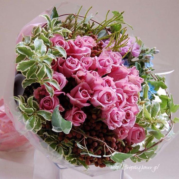幸せな花束の記録♪  #flower #flowers #flowerlovers#flowershop#flowerdesign #bouquet #hanataba#blumen #fleur #proposeflower #rose #roses#pinkrose #花束 #薔薇花束 #求婚花束 #クリスマス花束#ピンクのバラ #可愛い花束#花屋 #フラワーショップ #プロポーズフラワー