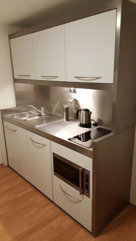 30 Mini Kitchen Set Design Ideas For Tiny Apartment In