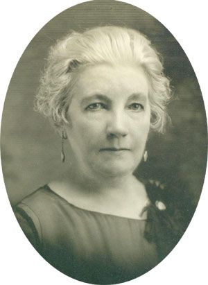 """Laura Ingalls Wilder....(February 7, 1867 – February 10, 1957) was an American author who wrote the """"Little House"""" series of books based on her childhood in a pioneer family. Laura's daughter, Rose, inspired Laura to write her books. It became """"Little House On The Prairie"""""""