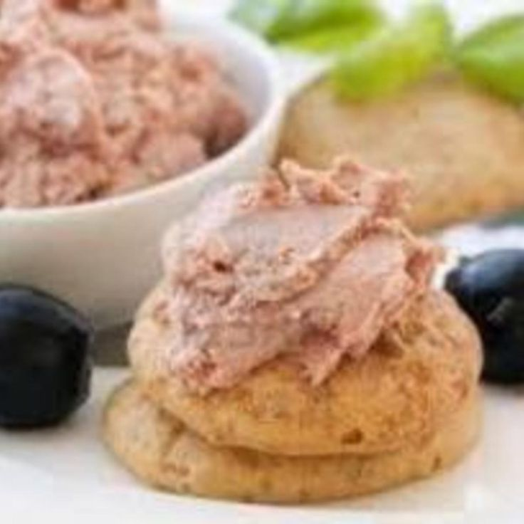 A local supper club used to serve a cheddar cheese spread and this liverwurst spread with crackers in the bar area while you were waiting for your table. It is my all time favorite snack for sitting around watching TV. I could eat the entire recipe myself!