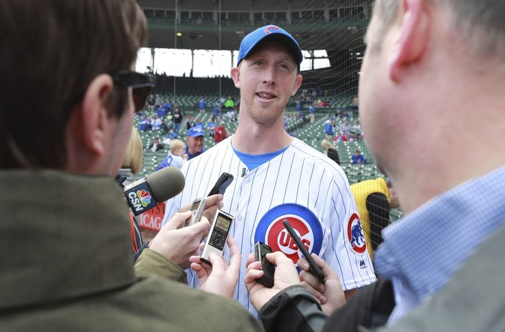 Imagine being de facto Chicago Bears quarterback Mike Glennon for a moment. He was asked to attend the team's draft party and watched it draft his replacement.