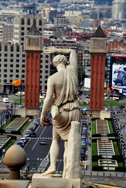 PLAZA DE ESPANA VISTA DESDE EL MUSEO DE ARTE DE CATALUNA-- #BarcelonaMustSee