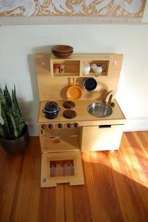 DIY play kitchenDiy Kitchens, Giftideas, Christmas Presents, Gift Ideas, Wee Gallery, Kitchens Christmas, Diy Plays, Plays Kitchens, Play Kitchens