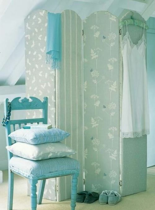"Pretty in blue      "" I love this blue with white. This would make a cozy , feminine bedroom !!!"